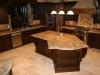 Кухни с каменной столешницей - фото 1