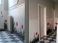 Рисунки акриловыми красками на стене