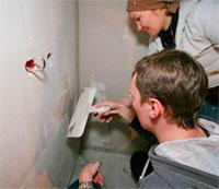 Как самостоятельно выровнять стены под оклейку обоями