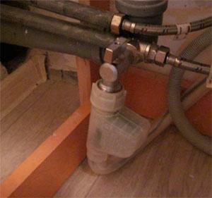 Как водключается посудомойка к водопроводу