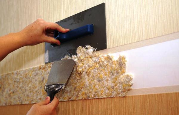 Как наносить жидкие обои на стены