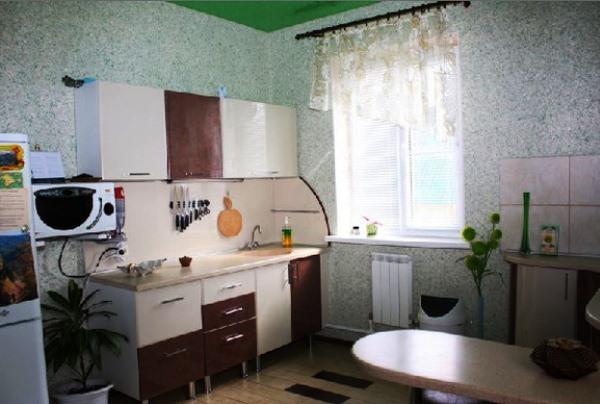Жидкие обои фото на кухне