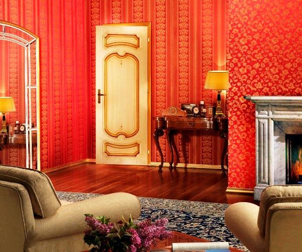 интерьер с текстильными обоями