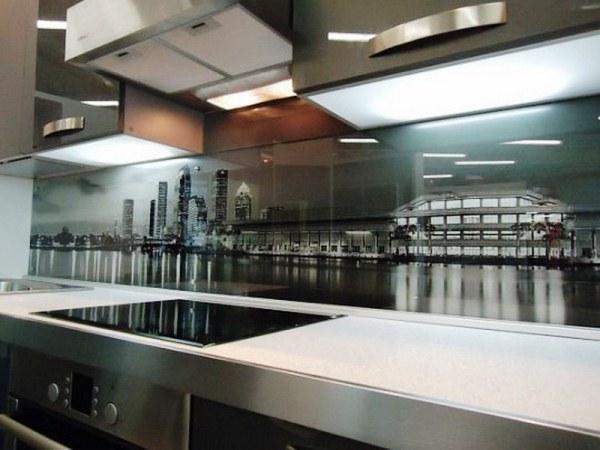 фотообои ночного города на кухне фото