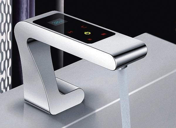 сенсорный смеситель для кухни 4