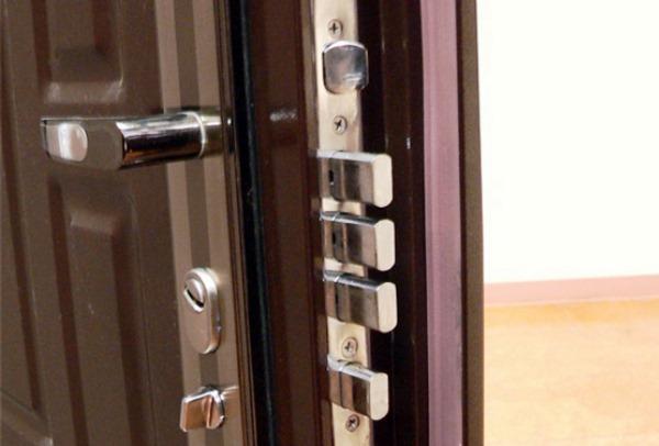 установка входной двери своими руками 11