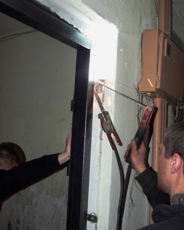 установка входной двери своими руками 6