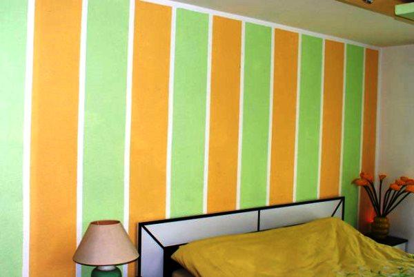 два цвета обоев в одной комнате фото