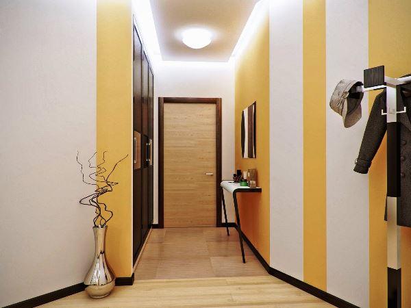 комбинация обоев в коридоре фото