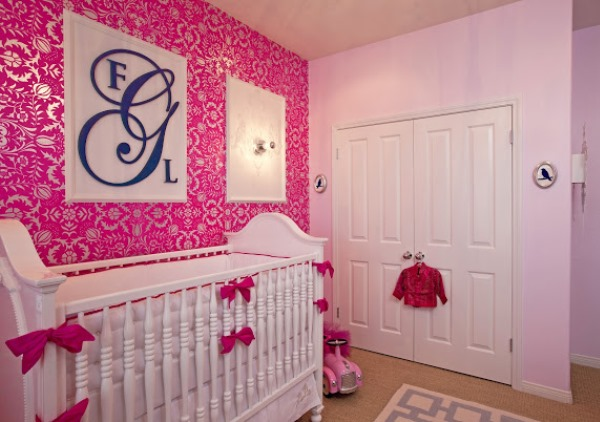 фото розовых обоев с цветами