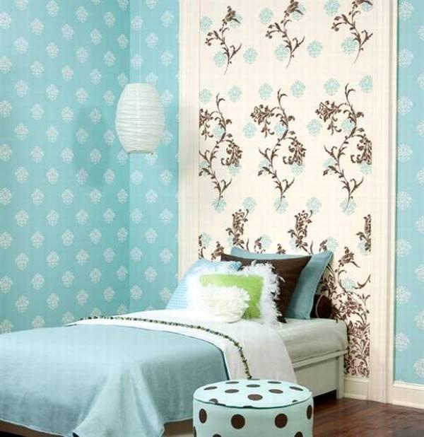 Голубые обои: выбор оттенков, фото оформления интерьеров, подбор штор