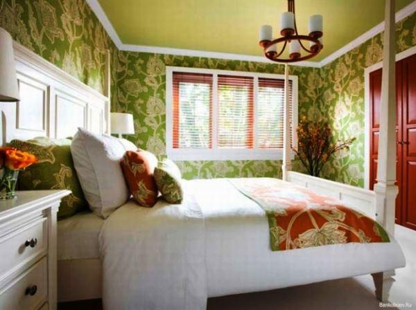 обои зеленые с цветами фото