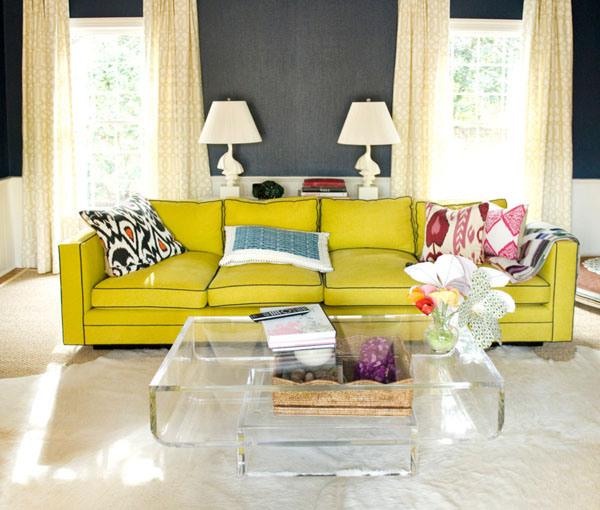 интерьер гостиной с серыми обоями фото