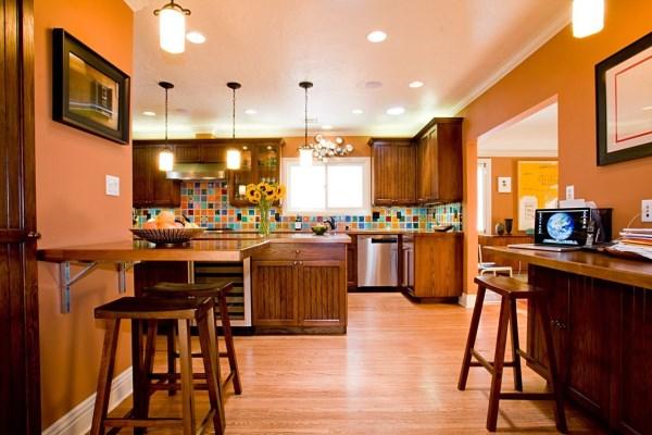 обои оранжевого цвета для кухни фото