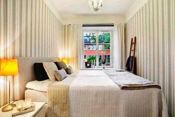 обои для спальни фото в интерьере для маленьких комнат простые