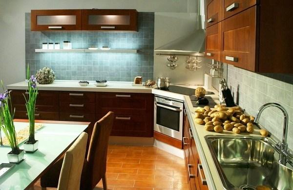 угловая вытяжка для кухни фото 6