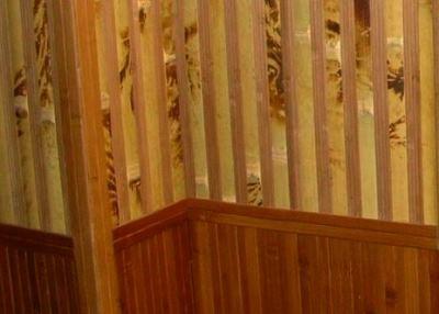 бамбуковые обои в прихожей