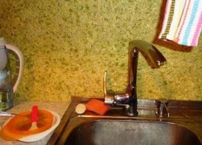 жидкие обои на кухне