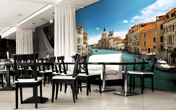 Идеи Фотообоев с сюжетами Венеции в декорировании интерьера